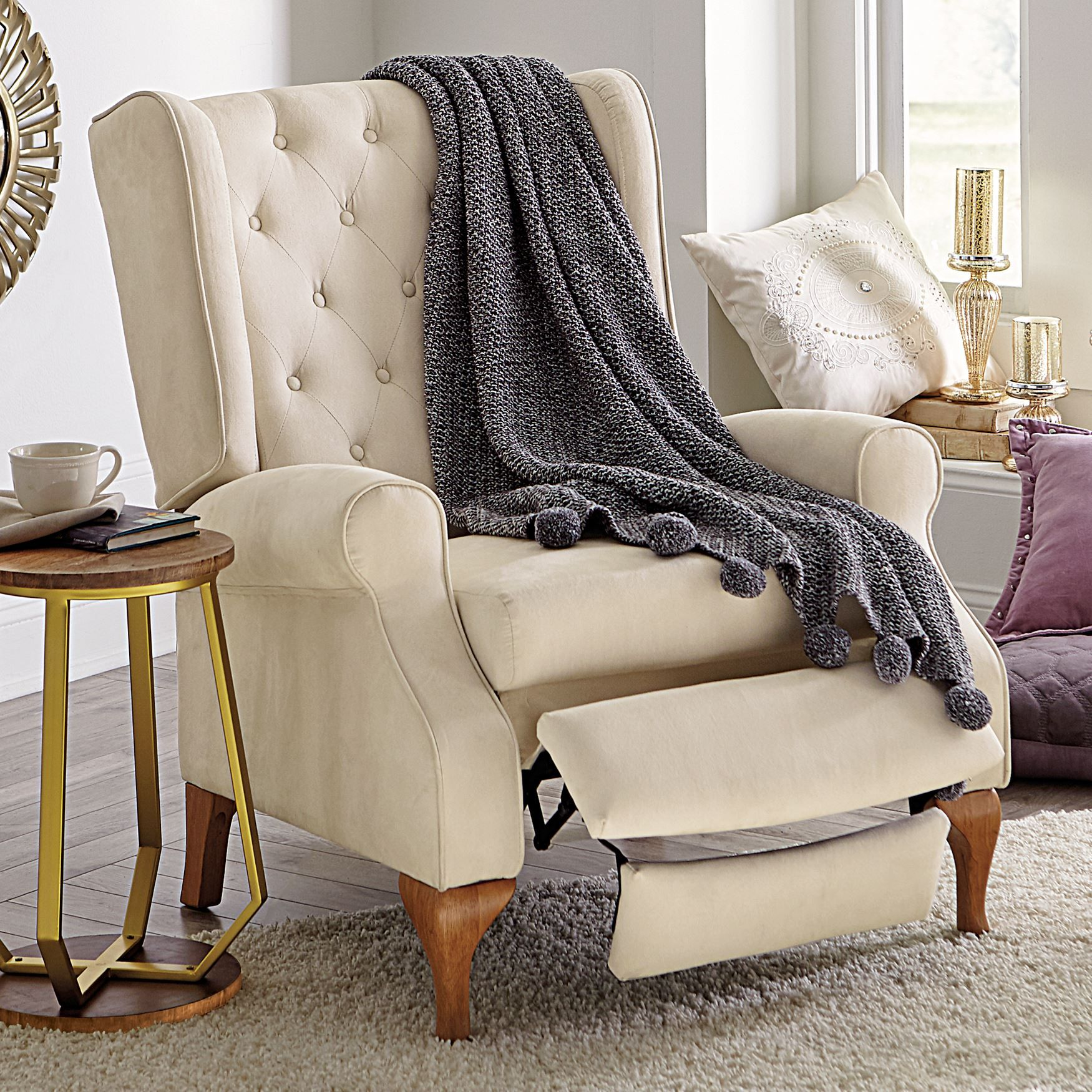 Wingback Recliner Chair Our Beautifully Crafted Queen Anne Style Tufted Wingback Recliner