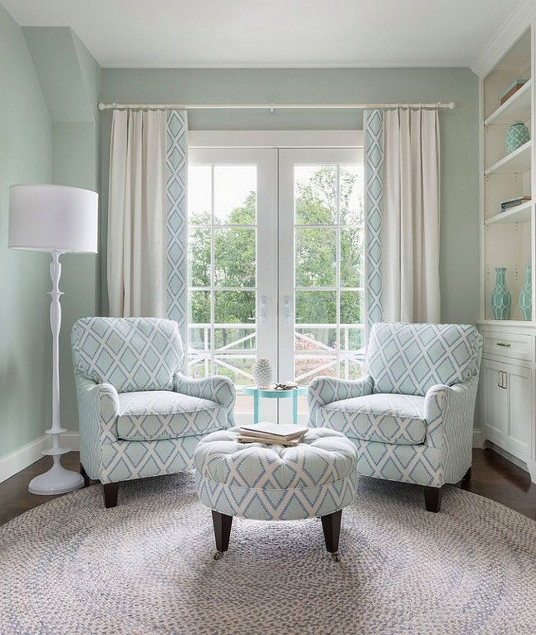 Beautiful Bedroom Sitting Areas: Beach House: A Single-Family Residence With A Variety Of