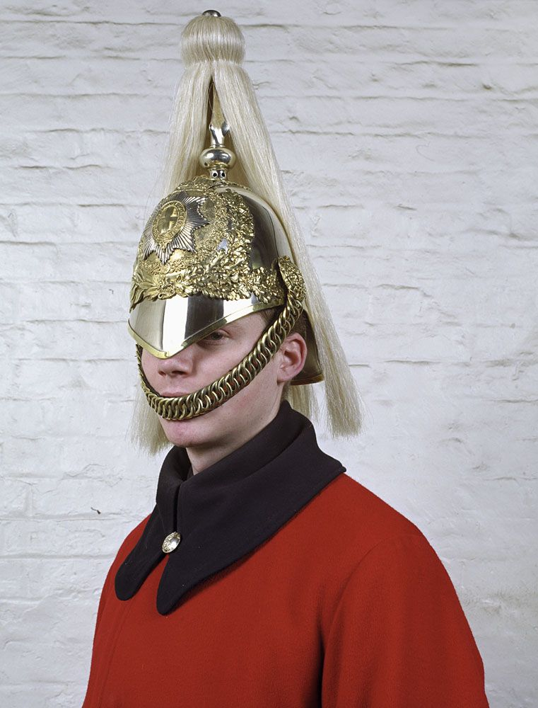 England Queen S Liveguard Uniforme