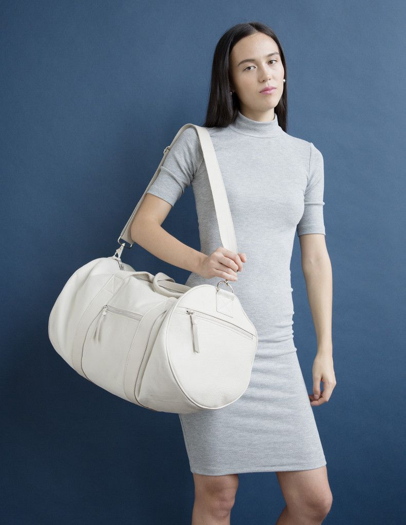 Duffel in White Leather #CLYDE #clydehat #clydebag #whiteleather #leatherduffel #duffelbag