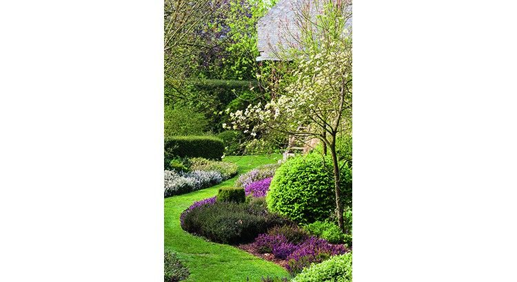 3 Astuces A Essayer Dans Un Jardin En Longueur Amenagement