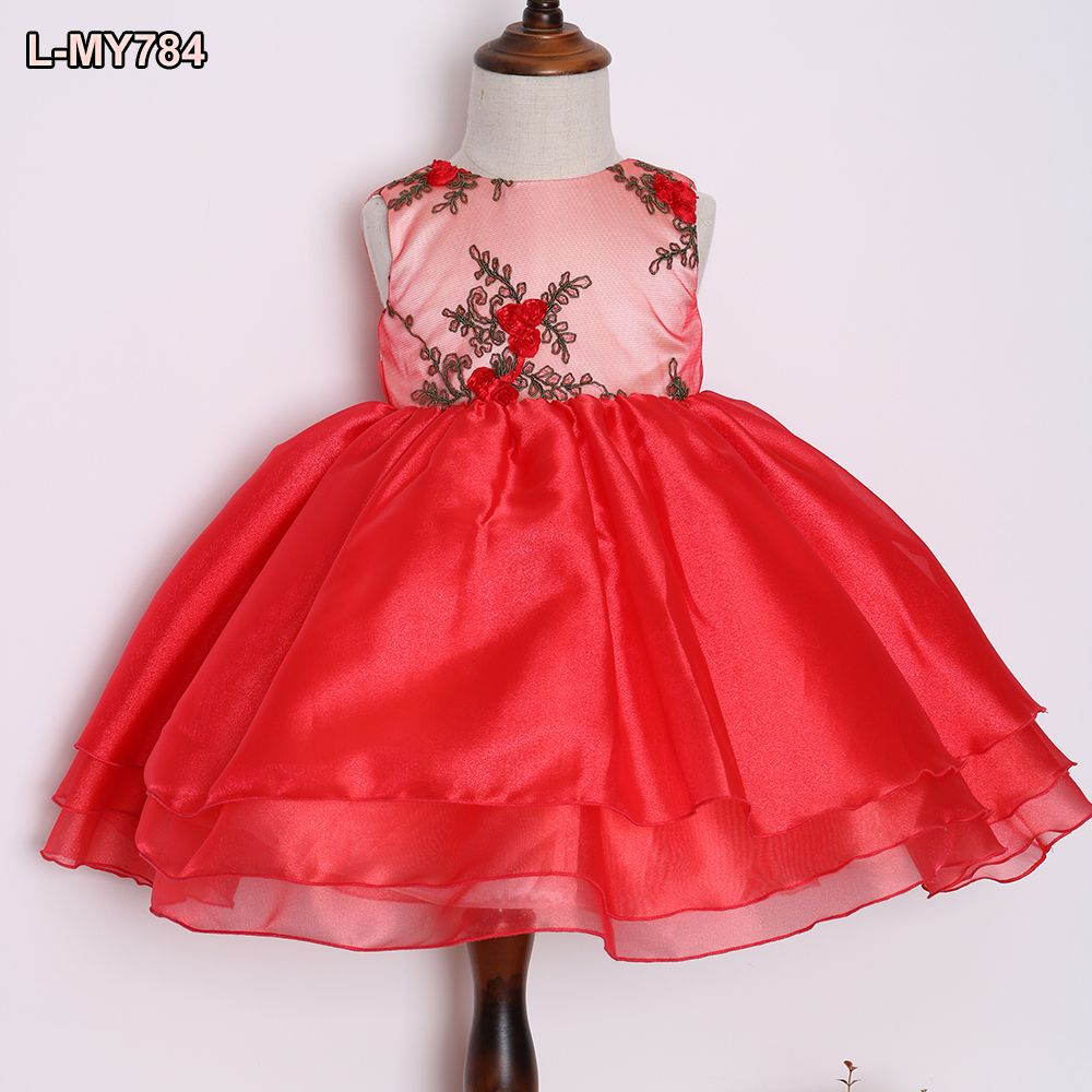 Amazing sleeveless red ruffled western gowns girl party wear western