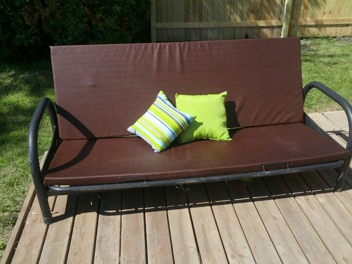 Patio Couch Made With An Old Futon Frame Foam Waterproof Board And Outdoor Fabric For 15 Of Store Price Patio Couch Futon Frame Patio Decor