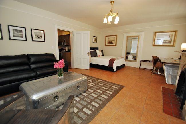 Marmaduke Hamilton Suite #1   Savannah GA Vacation Rentals