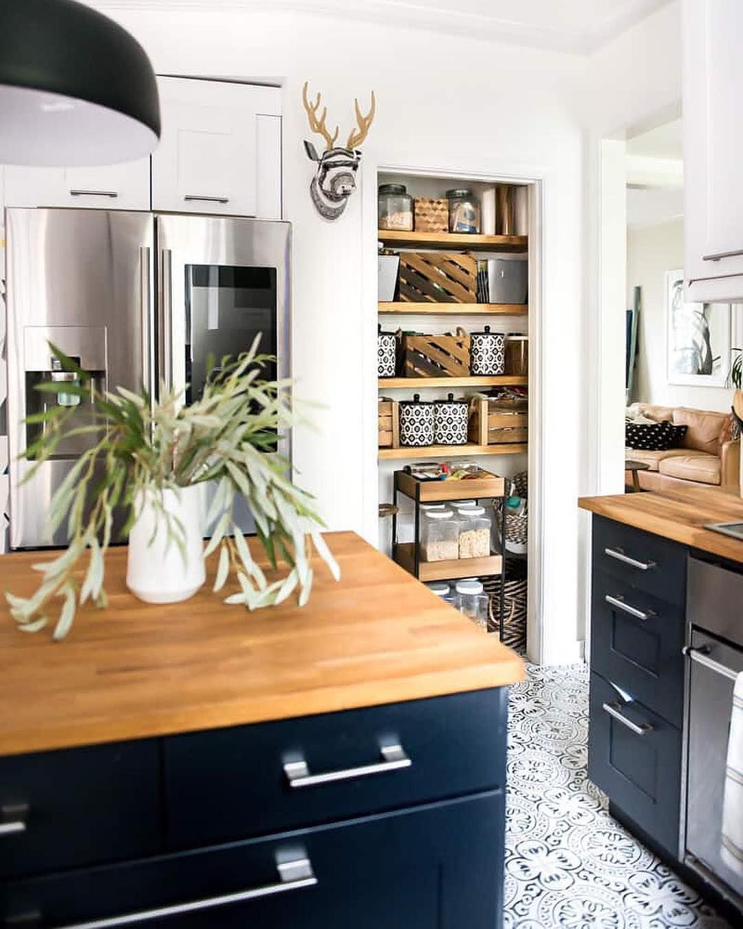 If You Remember I Opened Up My Pantry A Few Months Ago And Now It S A Doorless Super Organized Space I M Hap With Images Open Pantry Kitchen Design Trends Kitchen Plans