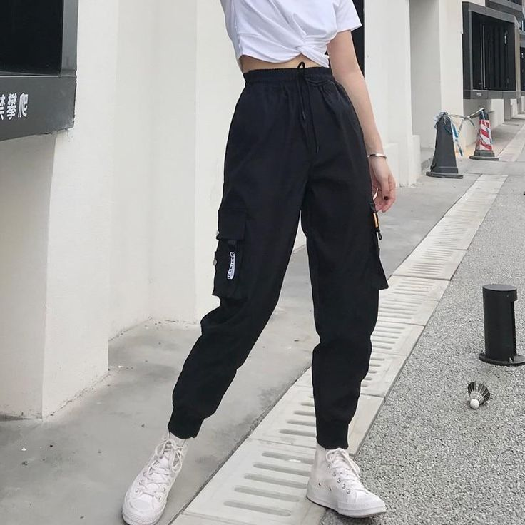 Pin De Emely Pasaca Em Mis Pines Guardados Em 2021 Roupas Hipster Streetwear Roupas Fashion
