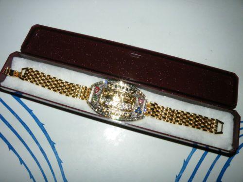 2007 World Series of Poker Gold Tone Bracelet in Plastic Glitter Box Beautiful | eBay