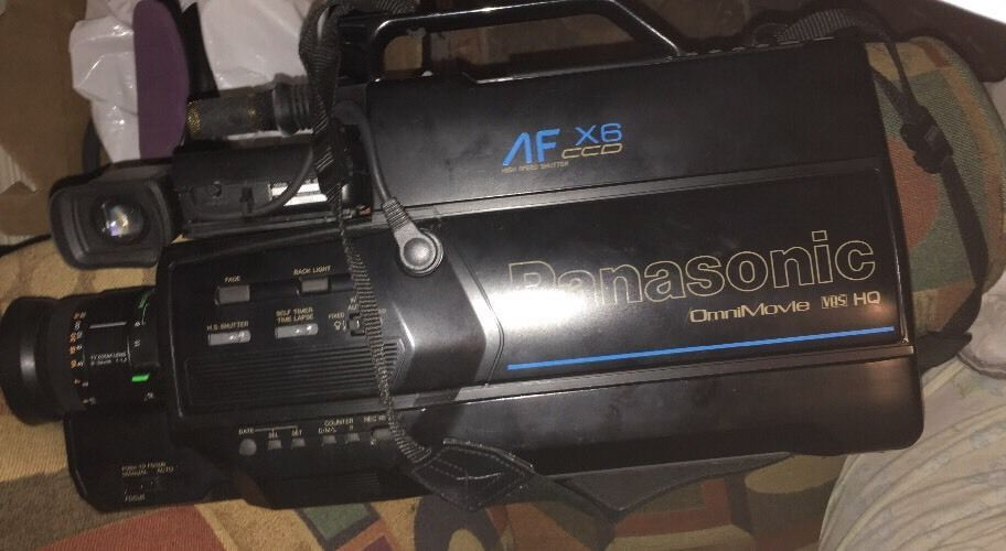 Vintage Panasonic Omni Movie Camcorder Vhs Af X6 Ccd W Ac Adaptor Battery Pack Ebay Camcorder Ccd Battery Pack