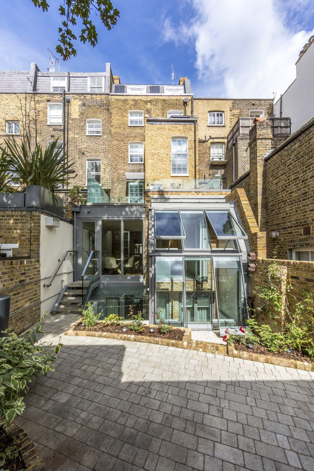 119 Ebury Street; the UK's most sustainable Period rental