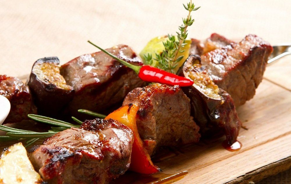 Маринад для шашлыка из свинины | Еда, Идеи для блюд, Блюда ...