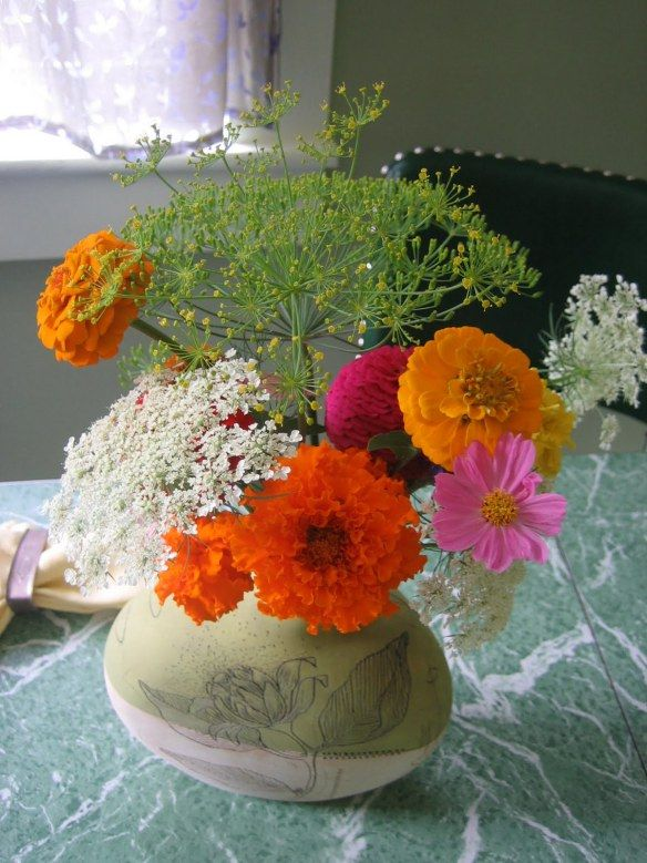 Pretty zinnias and Queen Anne's  lace