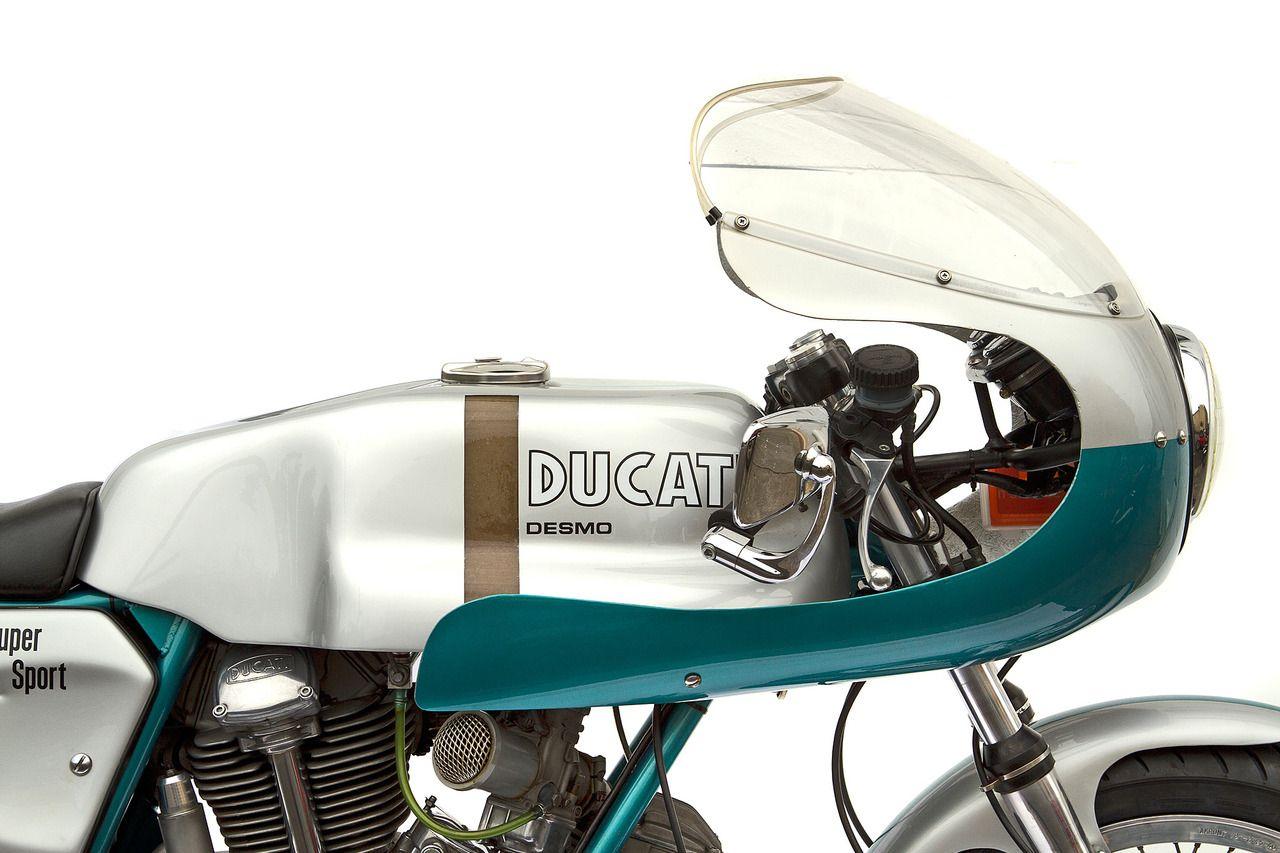 Ducati Pure Design Food For Eyes Ducati Ducati 750 Ducati 750ss