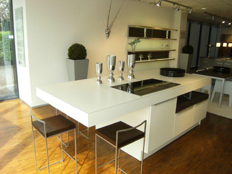 Meda Küchenfachmarkt   Luxury kitchens, Kitchen interior ...