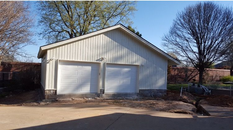 #Painting #Driveway #GarageCompletion #detachedgarage #newconstruction #mikefourniertulsa #sonriseconstruction Can we build one for you? http://www.sonrise-construction.com/services/garages.asp Pics 8 of 8