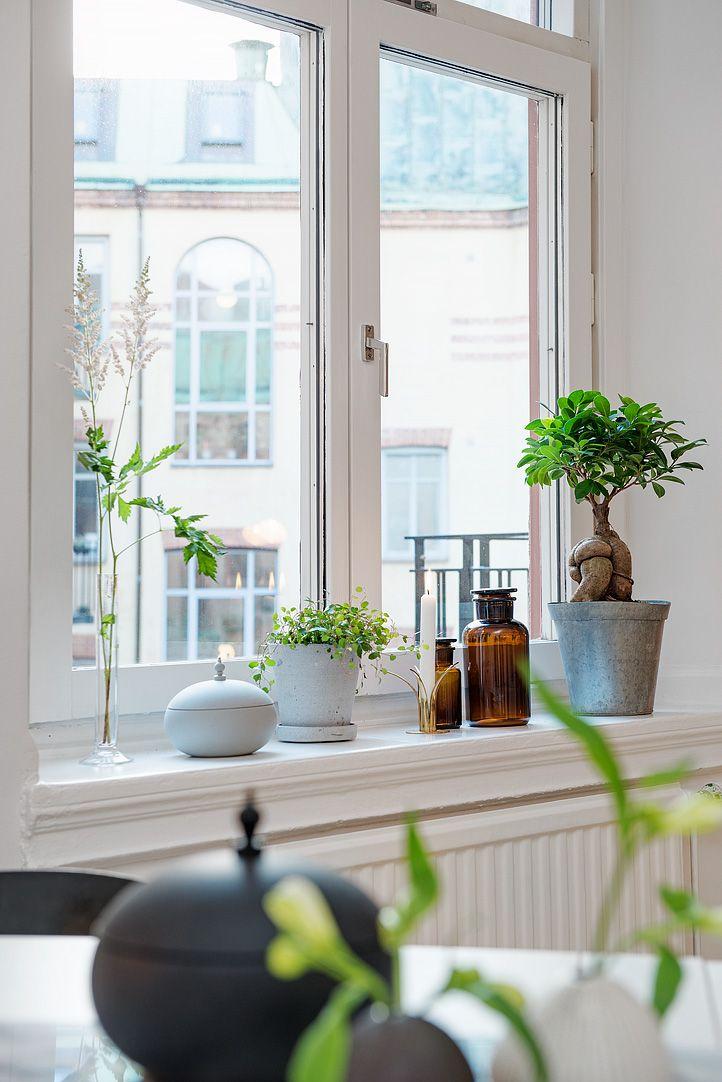De h ga f nstren ger fin kontakt med himlen interior for Interior window sill designs