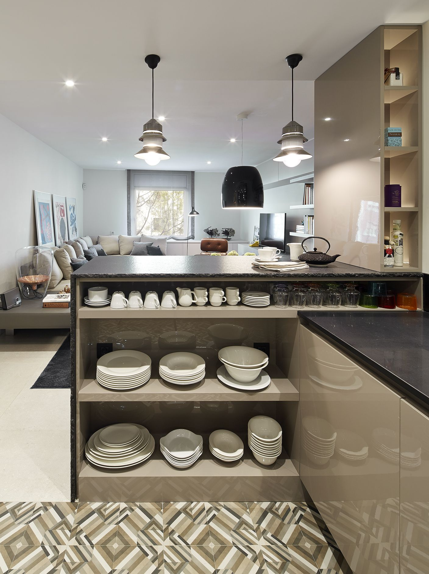 Molins interiors arquitectura interior interiorismo for Unir cocina y salon