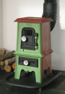 Pipsqueak the tiniest stove ever made by salamander for Salamander stoves