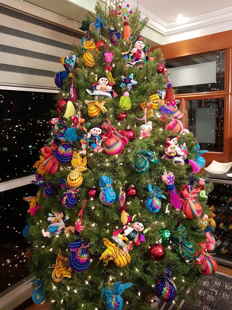 Navidad En Mexico Mexican Wreaths And Trees Pinterest