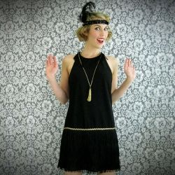 Make your own flapper dress and headband!