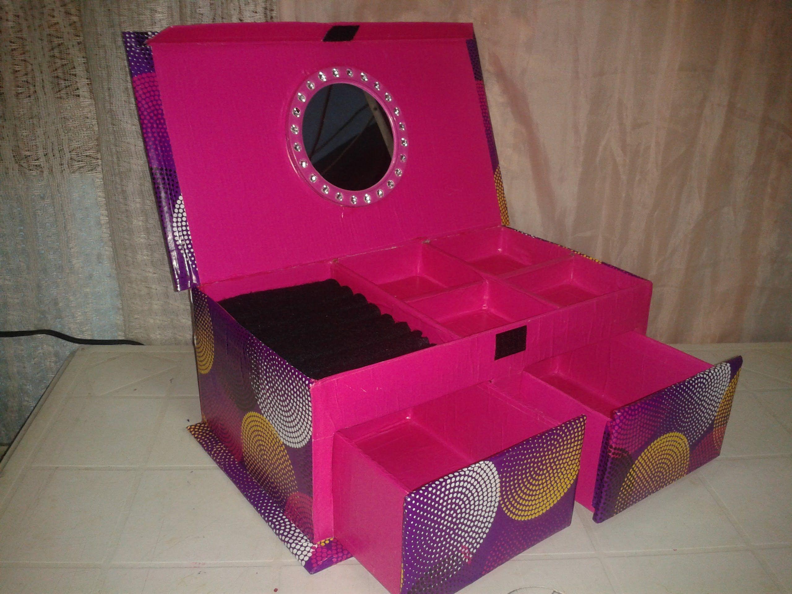 Alhajero hecho con caja de zapatos reciclado cart n y - Cajas de zapatos decoradas ...