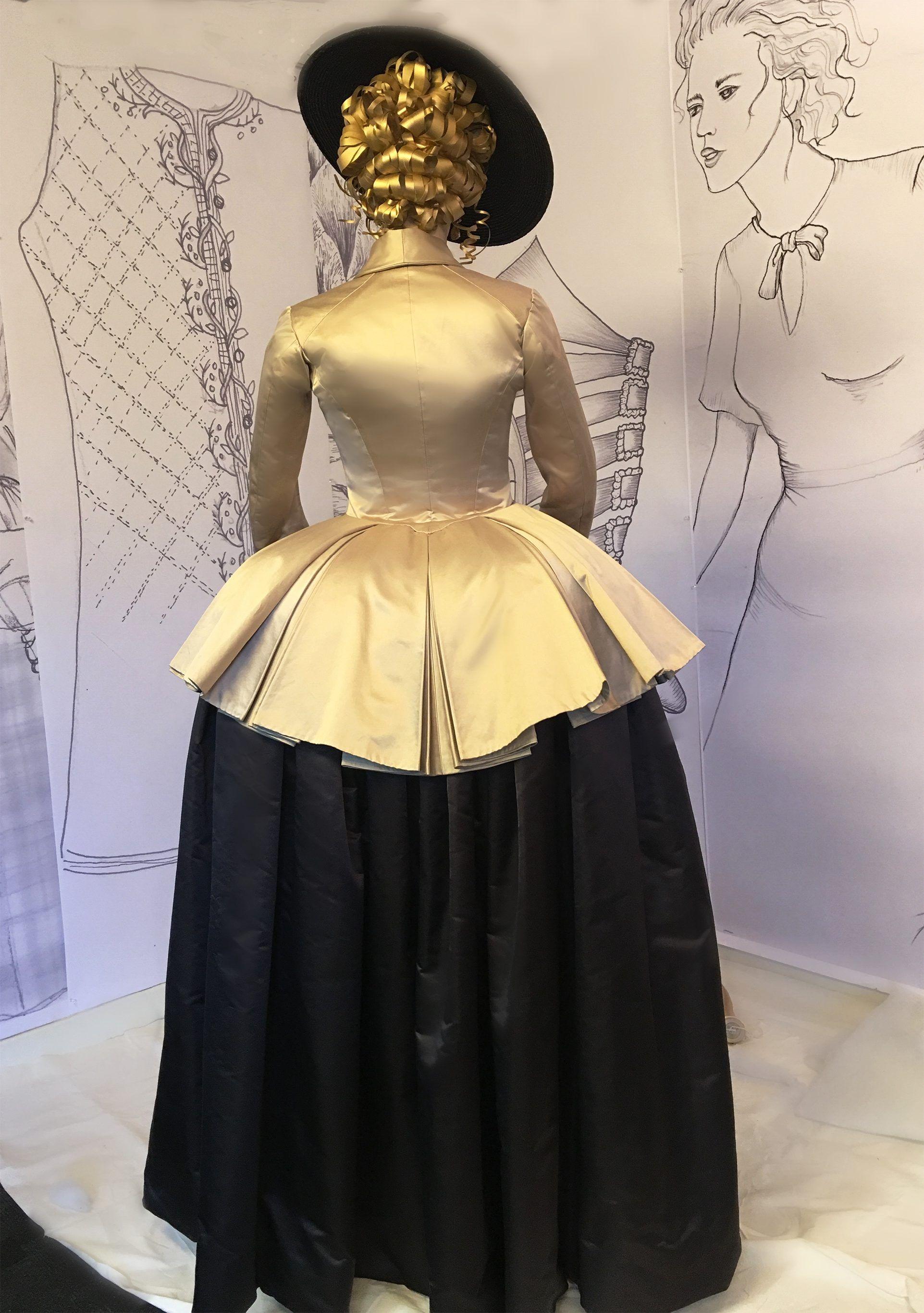 Pin von Donna Antaramian auf Outlander Costumes - Season 2 | Pinterest