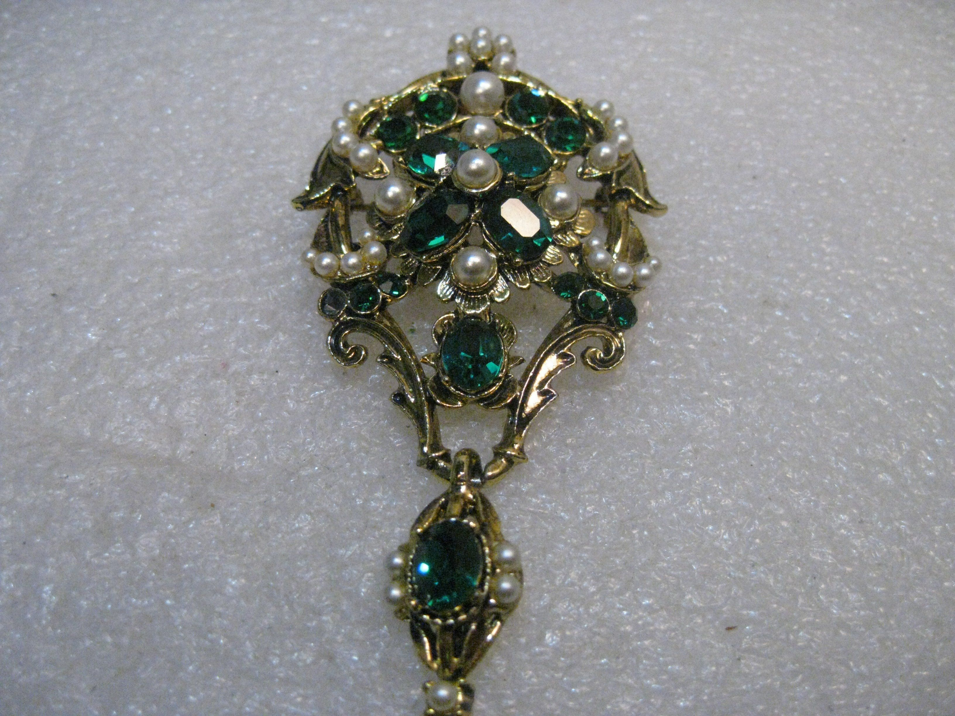 emeralds spanish diamond pendant renaissance century emerald c and pin