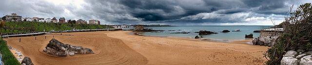 Santander, playa del camello. oasade