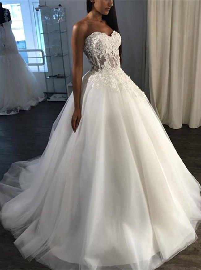 A-Linie Herzausschnitt Pinsel Schleppe Tüll Applikationen Brautkleid #civilweddingdresses