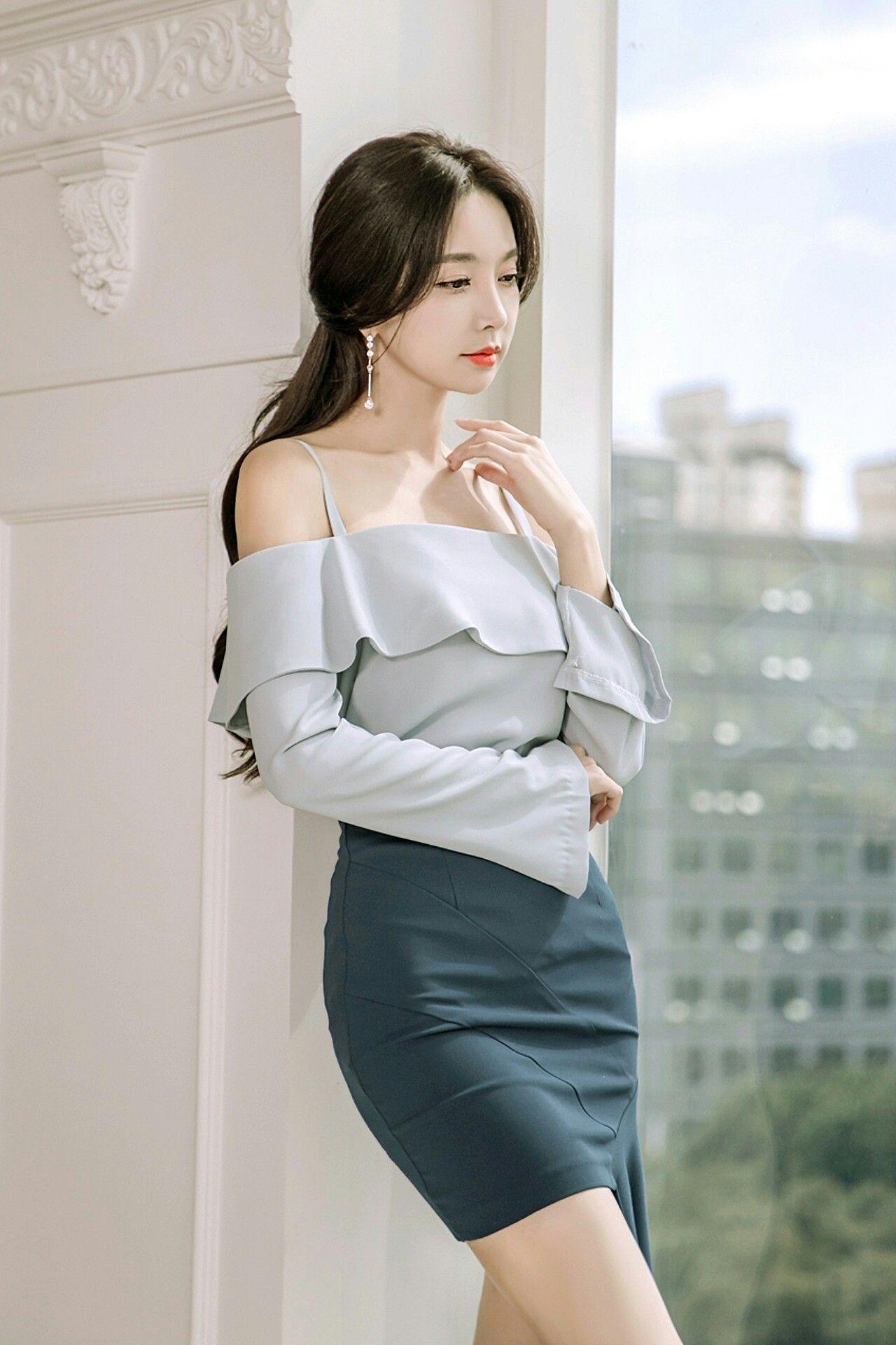 Korean women nude art — pic 5