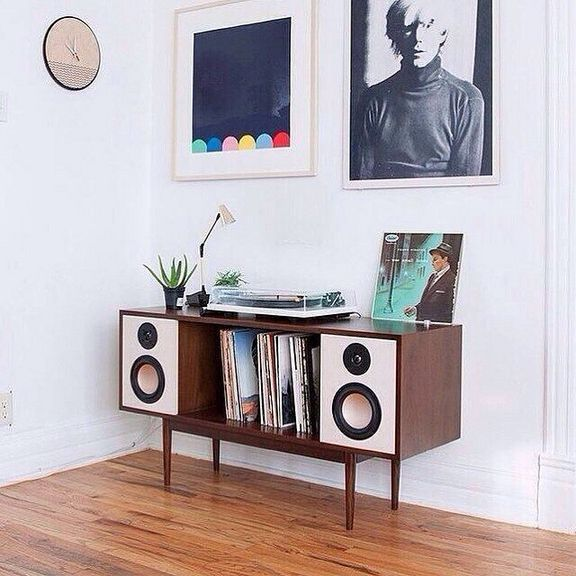 If You Feel As Though Your Room Is Looking A Small Plain So Check Check And Check Again And Just Then Choo Vinyl Record Furniture Hifi Furniture Record Room
