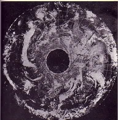 A long albeit it highly interesting article  about hollow earth experiences.