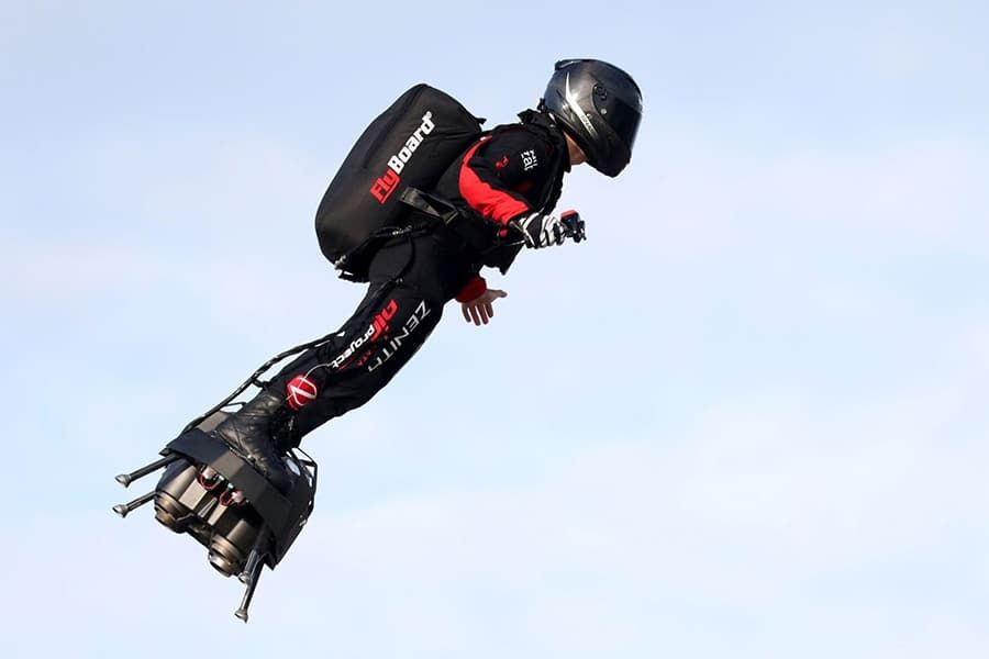 Franky Zapata Flies Over English Channel On A Hoverboard Man Of Many In 2020 English Channel Hoverboard Flyboard