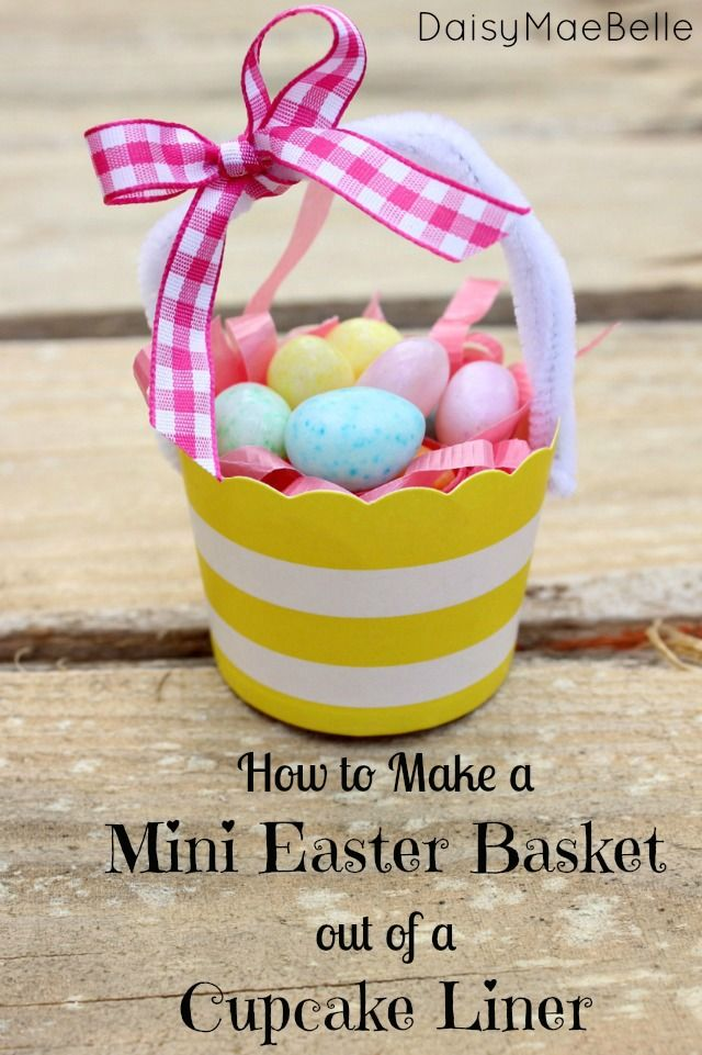 Make Mini Easter Baskets out of Cupcake Liners