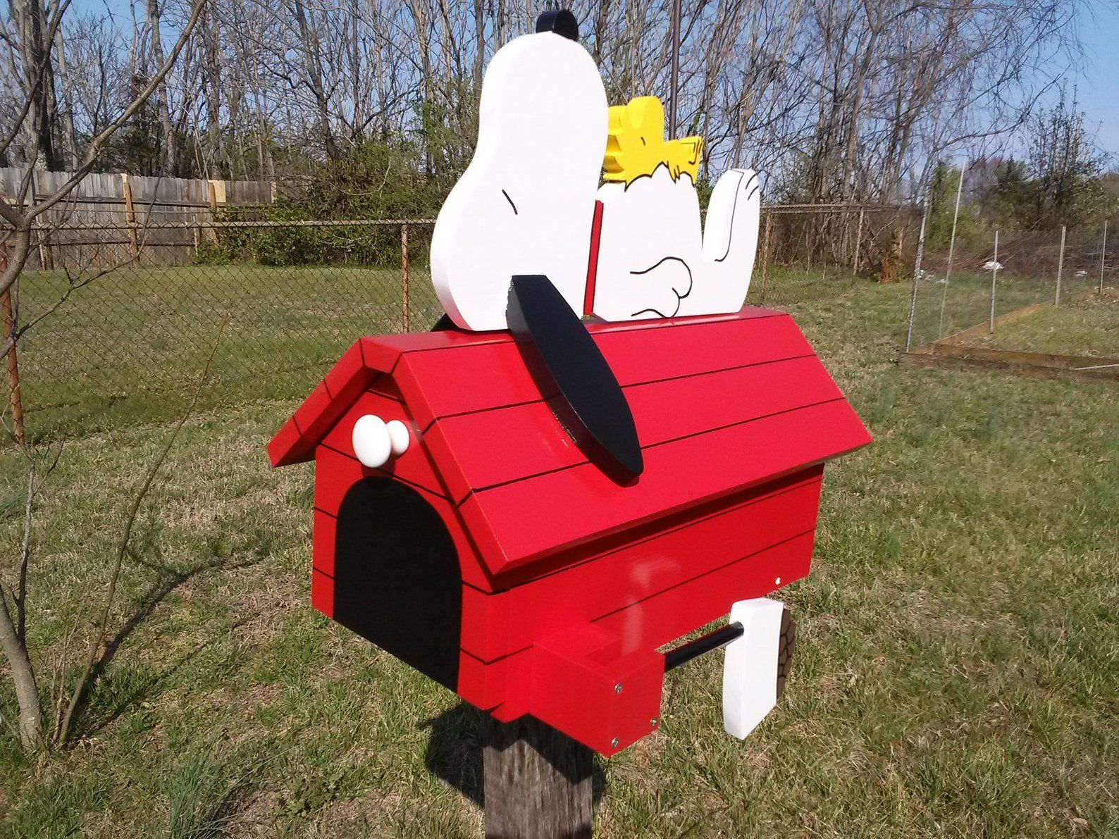 Handmade Wooden Snoopy S Doghouse Mailbox Etsy Snoopy Dog