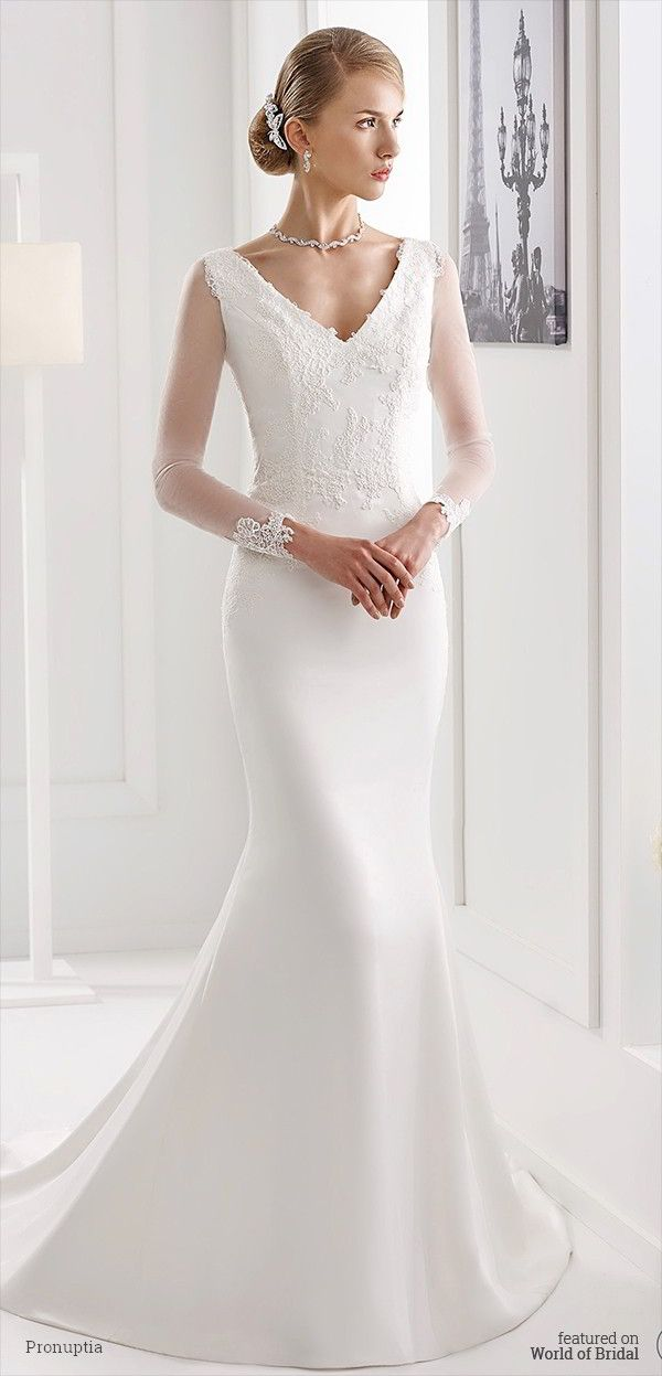 96c262da3a8 Dress to the feminine silhouette