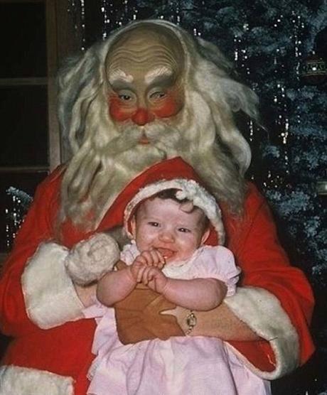 Babbo Natale Horror.I 16 Peggiori Babbo Natale Per I Bimbi E Un Horror Babbo Natale Babbi Natale Vintage Natale