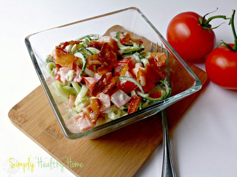 Bacon tomato cucumber salad    Ingredients  1-2 cucumbers 1 chopped tomatoes 3 slices of bacon 1-2 tbsp. of mayonnaise ⅛ tsp.garlic powder sea salt black pepper  Instructions  Spiral cut your cucumbers.Add in your tomato, spices and mayo and stir.Add crumbled bacon.