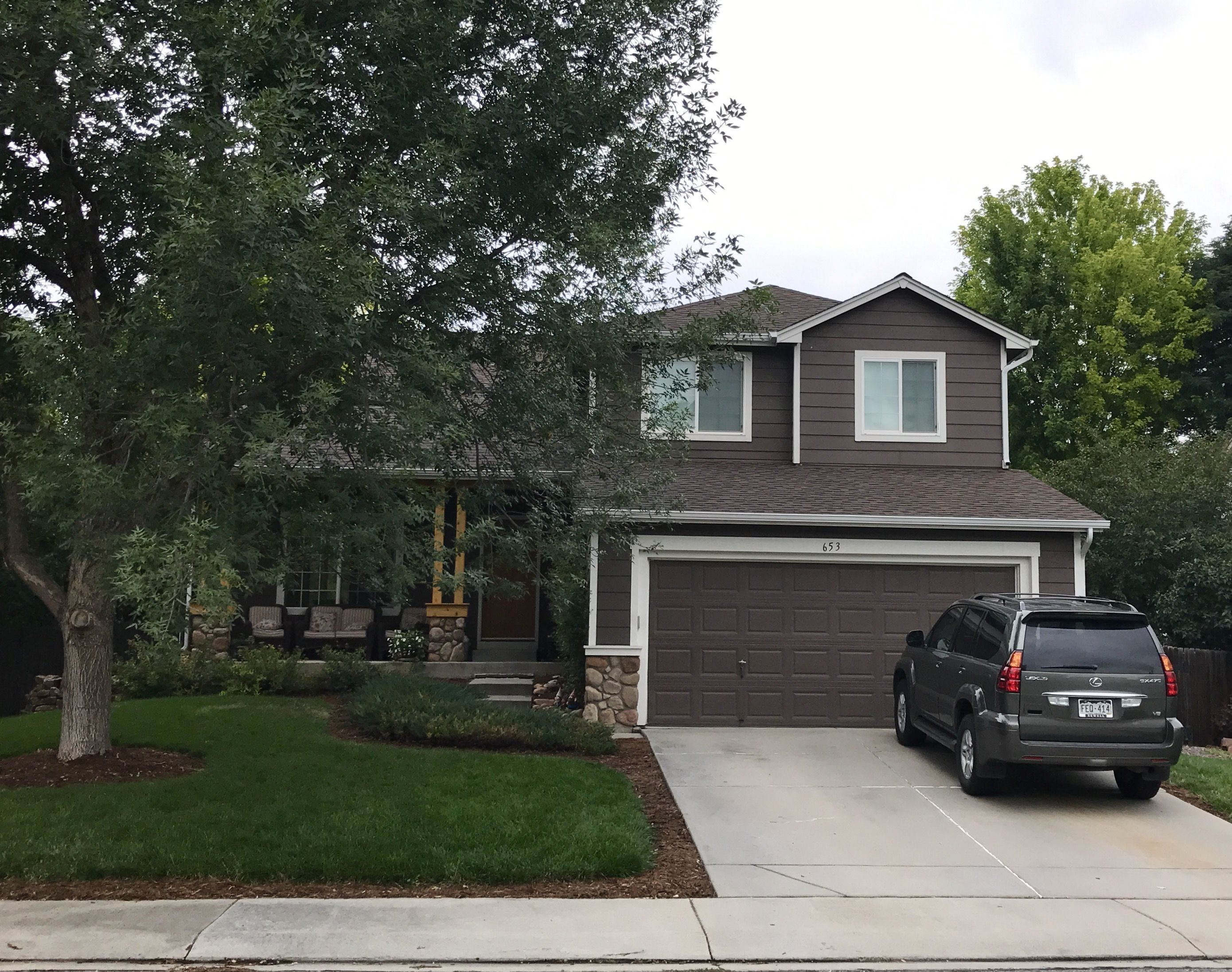 Best This Home In Longmont Is Roofed With Barkwood Shingles 400 x 300