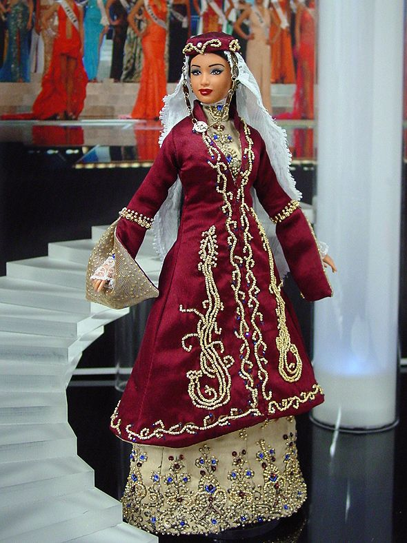 Miss Armenia 2013/2014 - International Pageant Collection - NiniMomo Doll
