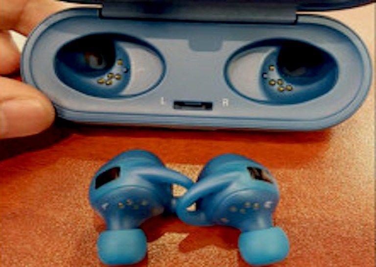 Samsung's New Wireless Headphones Can Store Music As Well - https://technnerd.com/samsungs-new-wireless-headphones-can-store-music-as-well/?utm_source=PN&utm_medium=Tech+Nerd+Pinterest&utm_campaign=Social