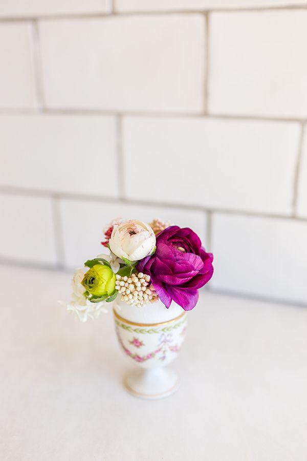 Inspired Idea Easter Egg Bud Vases Pinterest Eggshell Flower