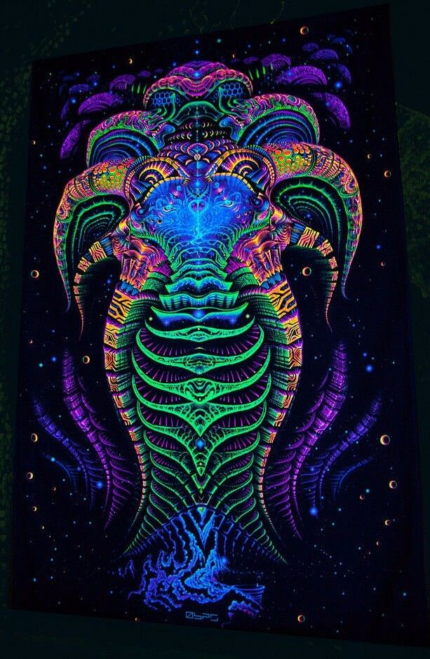 Ultraviolet Neon blacklight glow Trippy Psychedelic art Wall hanging UV tapestry