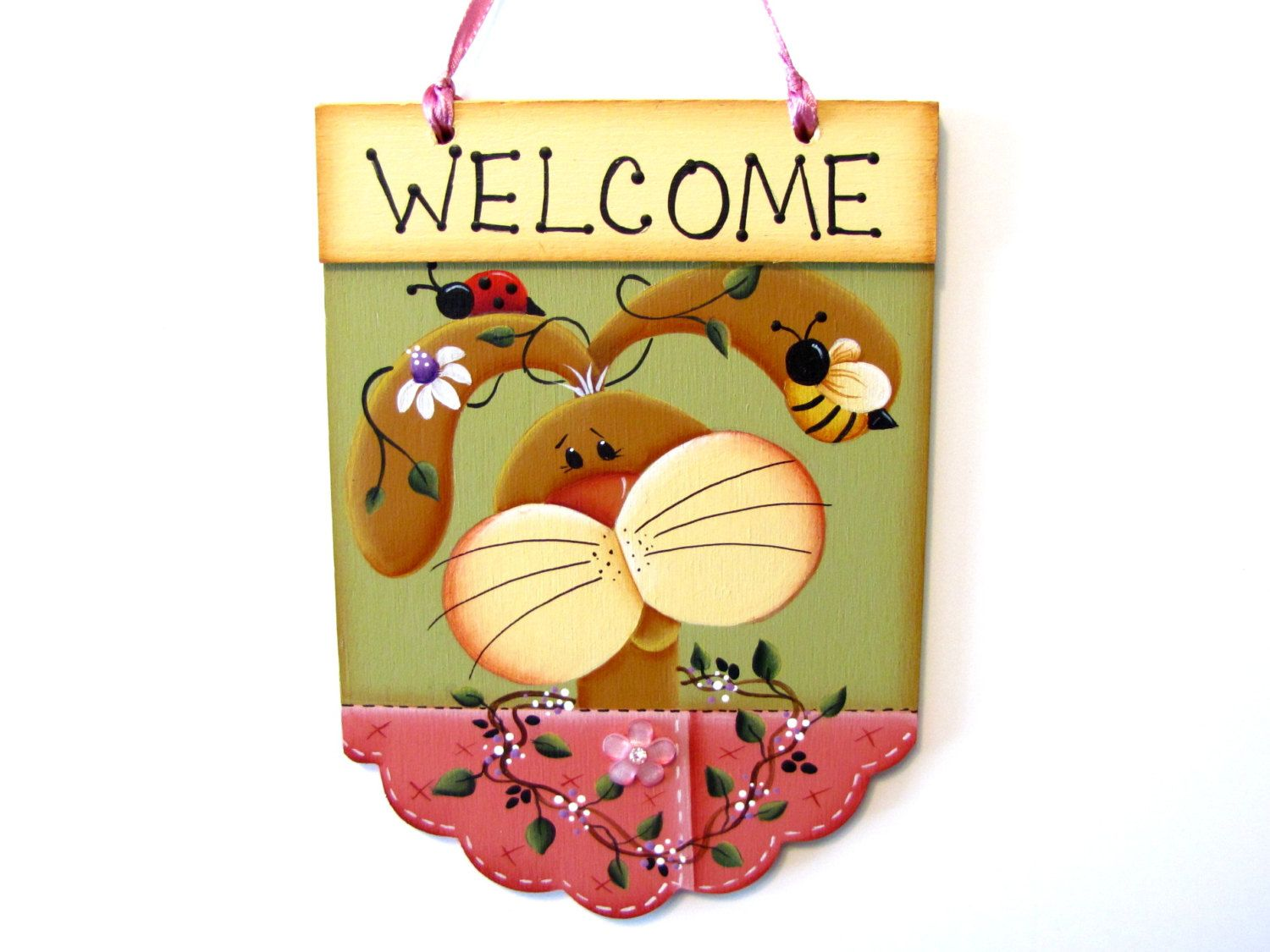 Bunny Welcome Scalloped Sign, Lady Bug, Bee, Vines, Daisies ...
