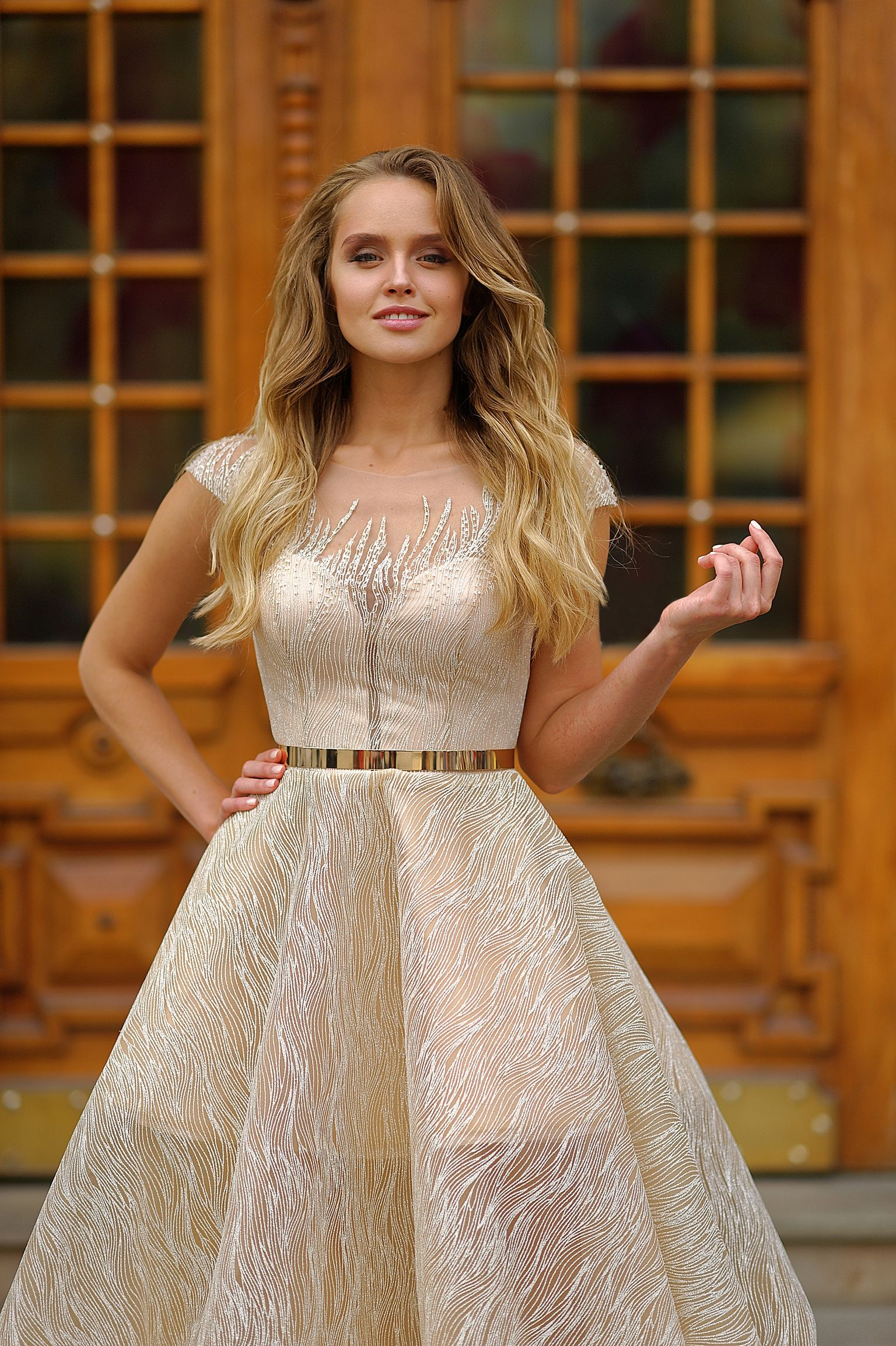 Lace dress vintage  Wedding dress silhouette Lace dress wedding dress vintage Ball