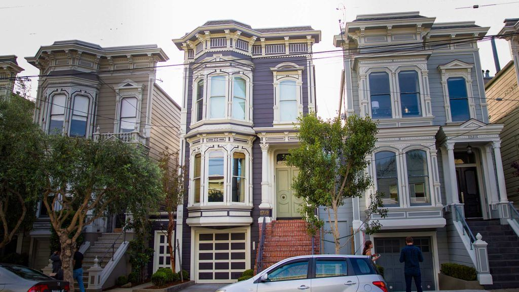 Iconic Full House Home Heads Back Onto The Market In San Francisco Victorian Homes House Find Real Estate