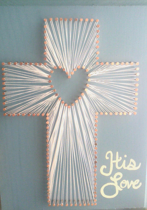9x11 wood plaque painted washed denim color with cross string art. Can be done with or without the painted words. I do have some other color options. If you have a different color in mind, ask! I might have it