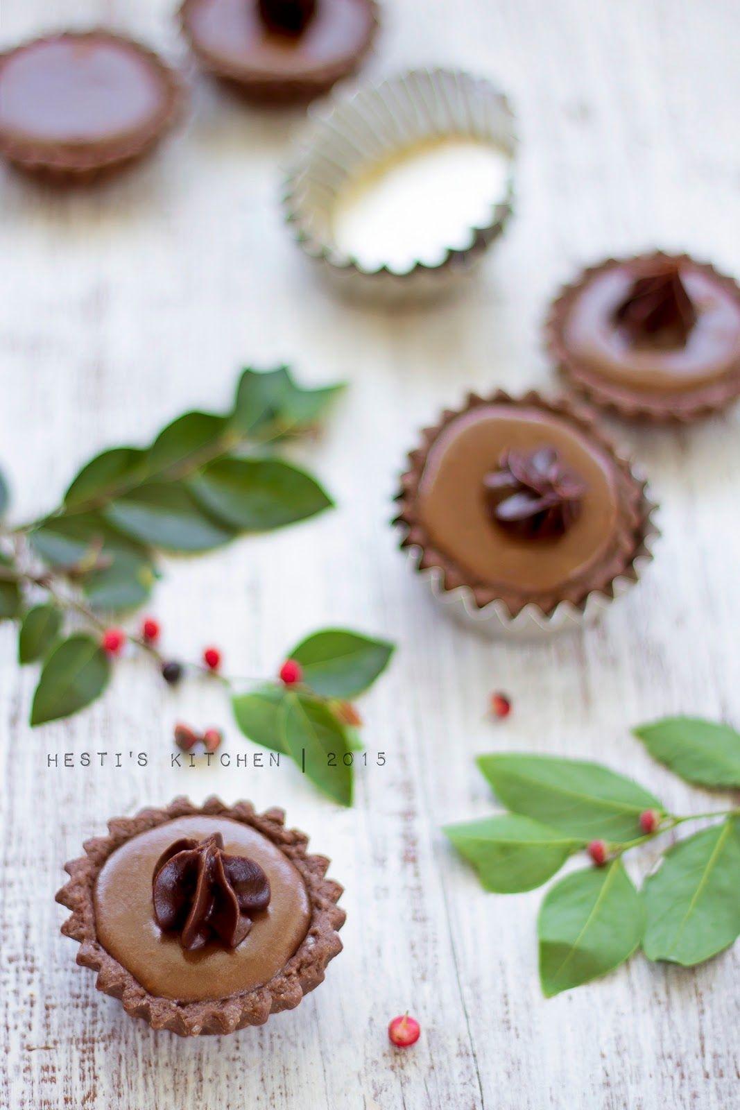 Hesti S Kitchen Yummy For Your Tummy Chocolate Cheese Tart Egg Tart Kue Kering Mentega Keping Coklat