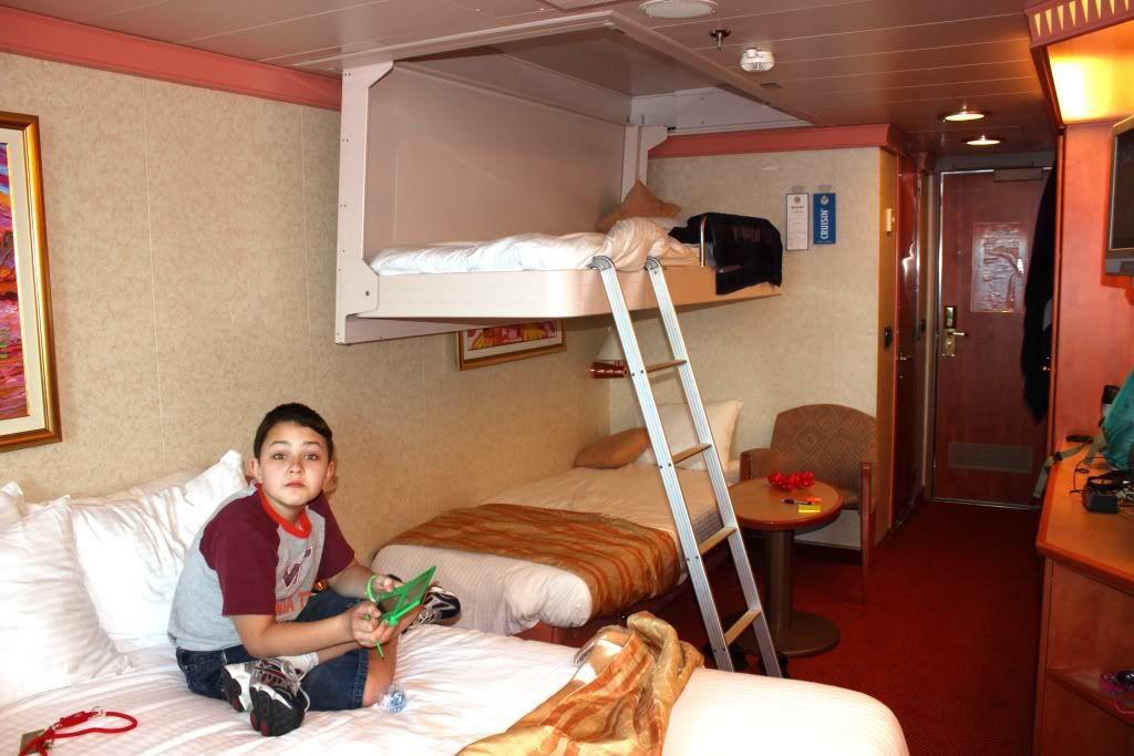Litera Hotel Crucero Pinterest Carnival Freedom