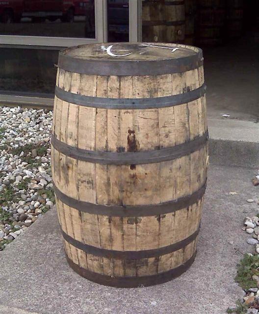 I Love My Rain Barrel Like The Look Of This Whiskey Rain Barrel Wooden Barrel Barrel Projects Whiskey Barrel