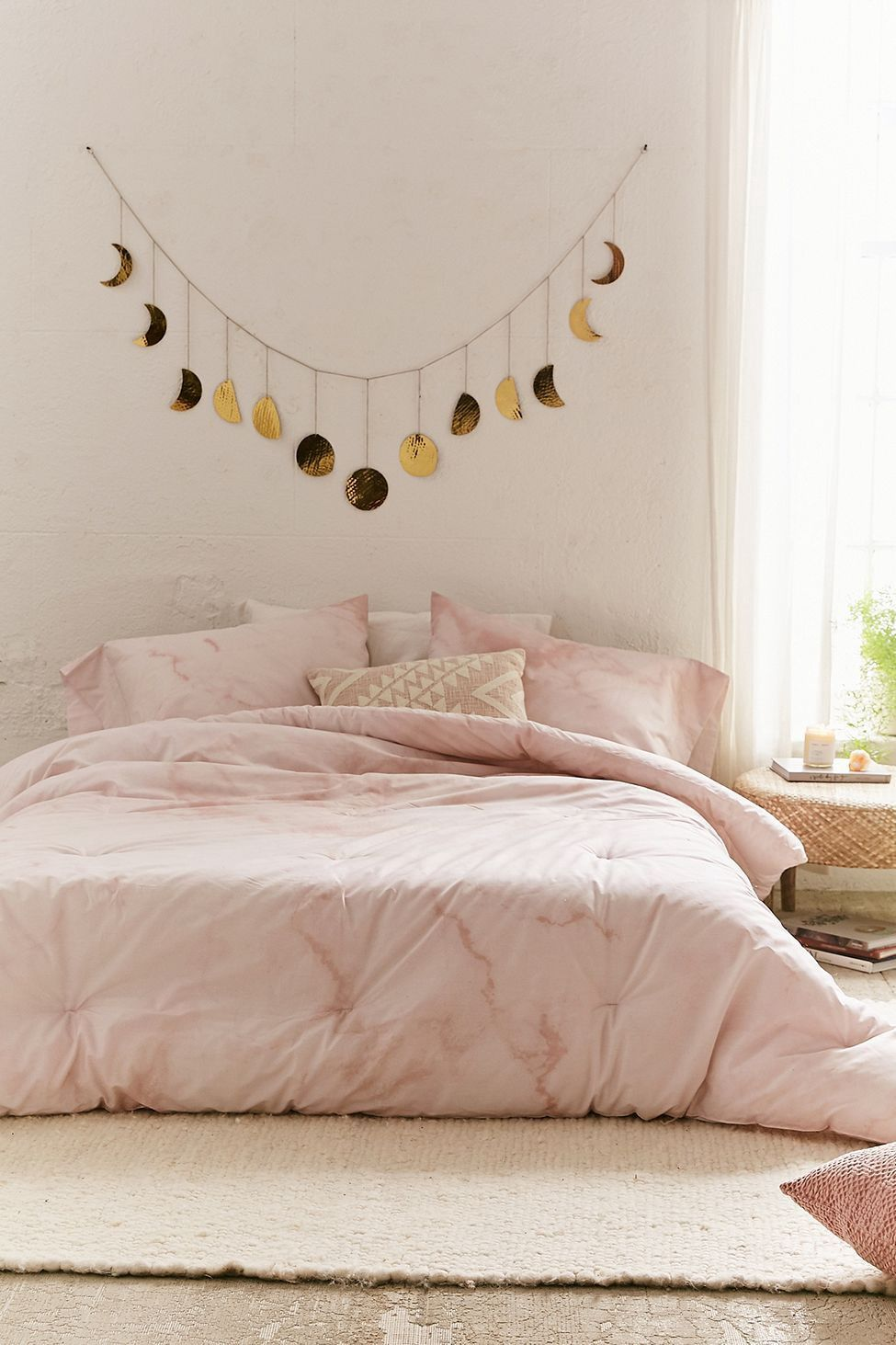 Urban Outfitters Marble Comforter Snooze Set Twin Xl